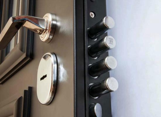 Как сделать правильный выбор замка для входной двери?