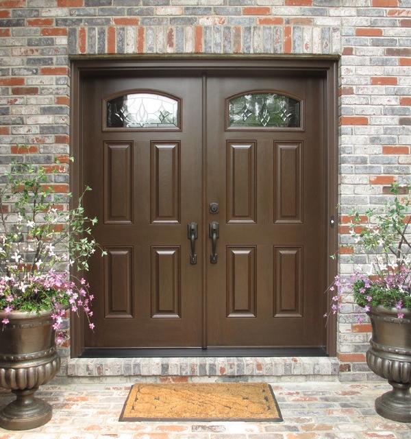 Почему стоит обратить внимание на двухстворчатые входные двери