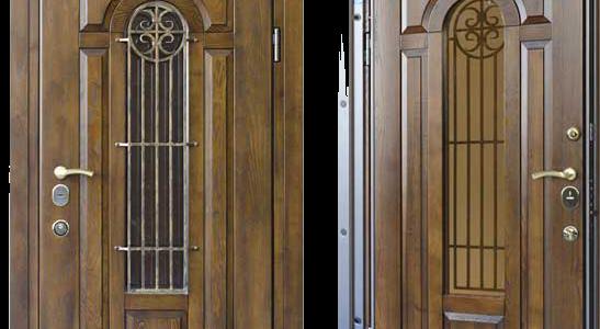 Входные шпонированные двери - преимущества материала